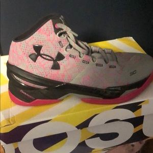 "UnderArmour Curry 2 ""Roses"""